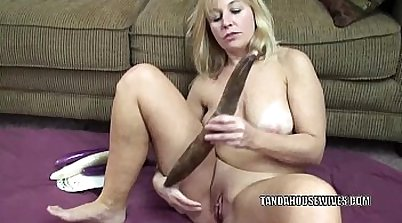 Chunky Milf Seduces BFF After Soaking Her Hard