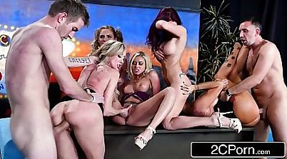 Brandi Love gang banged in a car