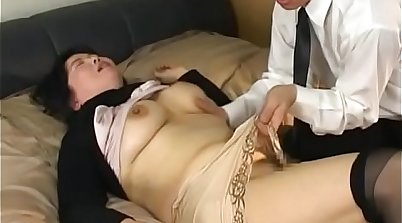 Mature chicks showing their old bodies prior to getting fucked