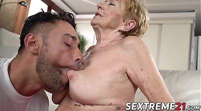 Another Good Granny Facial Whore