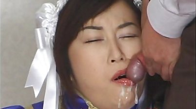 Japanese girl loves real bukkake