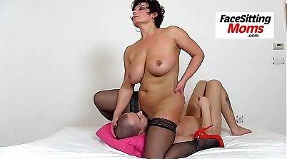 BBW Cougar In Stockings Upsuction