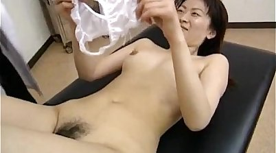 Tricky Nurse Beauty Bathing Vixens Her Hairy Boobs